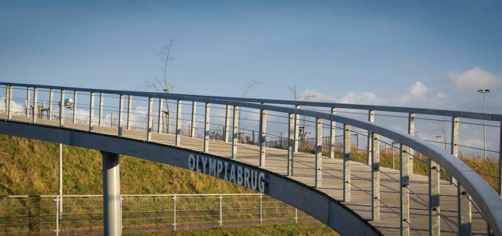 Headerafbeelding Olympiabrug naar sportpark